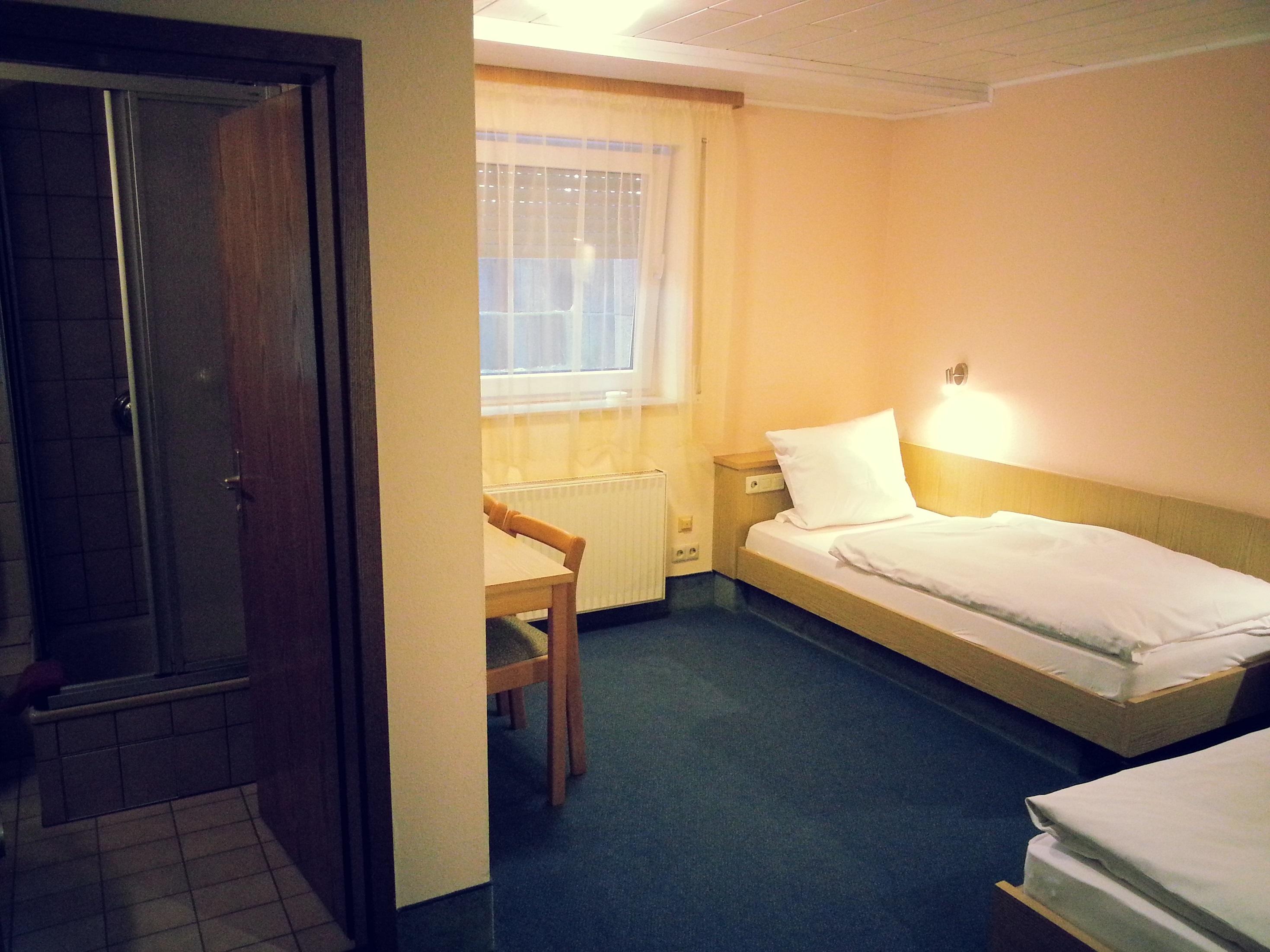 Budget Zweibettzimmer im Untergeschoss